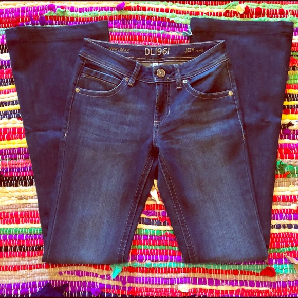 DL1961 Denim - NWOT DL1961 joy flare